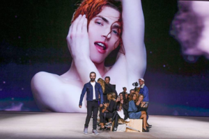 Louis Vuitton: Spring/Summer Paris Fashion 2020 Catwalk